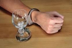 Злоупотребление алкоголем - причина почечной колики