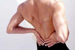 Боль в пояснице - симптом нефролитиаза