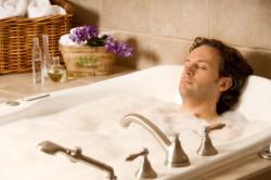 Принятие горячей ванны
