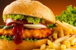 Жирная и острая пища как причина образования камней в почках